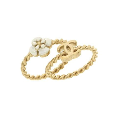 chanel stackable flower rings size 7
