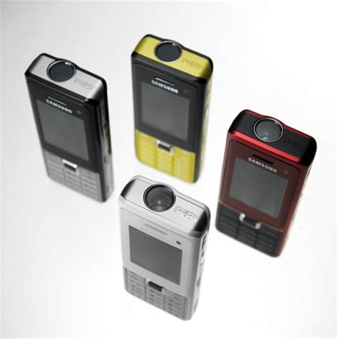 projector mobile phone mobile projector phone do we need one yanko design
