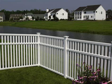 vinyl fencing company southway fence company residential vinyl fencing