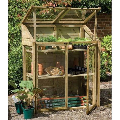 serra sul terrazzo serra per piante serre da balcone installare serre per