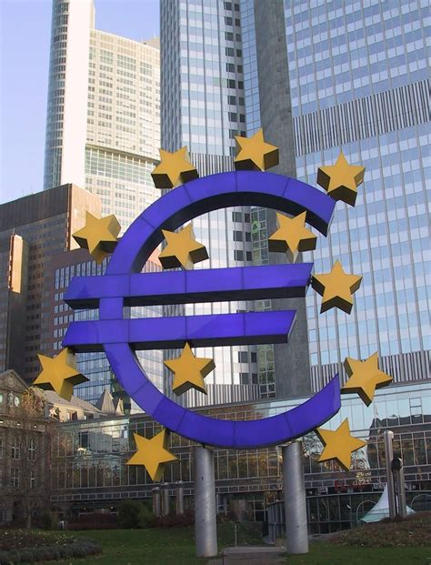 bce centrale europea file francfort bce jpg wikimedia commons