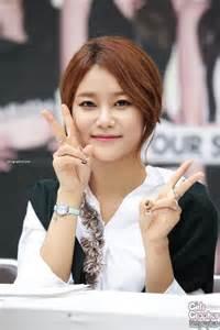 korean actress singer yuna yuna 유나 korean actress singer hancinema the