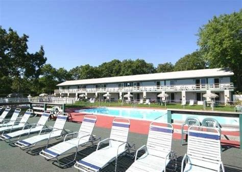 boat harbour club cinema great find review of green harbor waterfront lodging