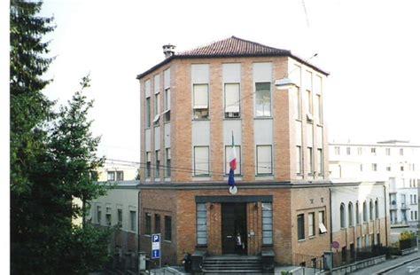 consolato svizzero in italia giornata design italiano nel mondo nella sala