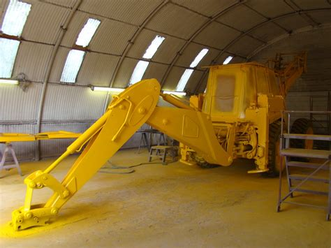yellow paint sles jcb 4cx m in the paint shop used military trucks for sale