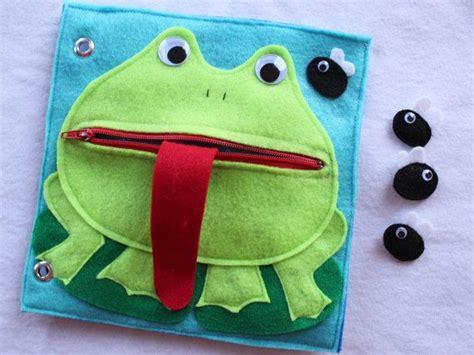 libro una rana a frog m 225 s de 1000 ideas sobre libros hechos a mano en revistas libro acorde 243 n y diario de