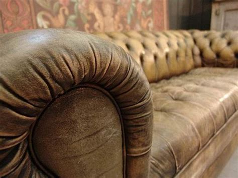 looking for sofas vintage style leather sofas could add to the retro look