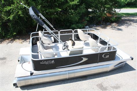 16 pontoon boat watercraft rentals koocanusa resort marina