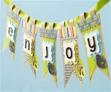 Handmade Birthday Banner Ideas - scrapbooking