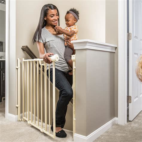 best baby gate for top of stairs with banister top of stairs baby gate your 4 best options safebabygate