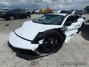lamborghini murcielago gets crashed in mercedes