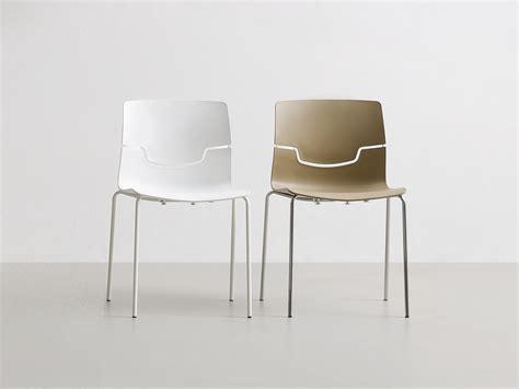 sedie gaber sedia impilabile in polipropilene slot by gaber design