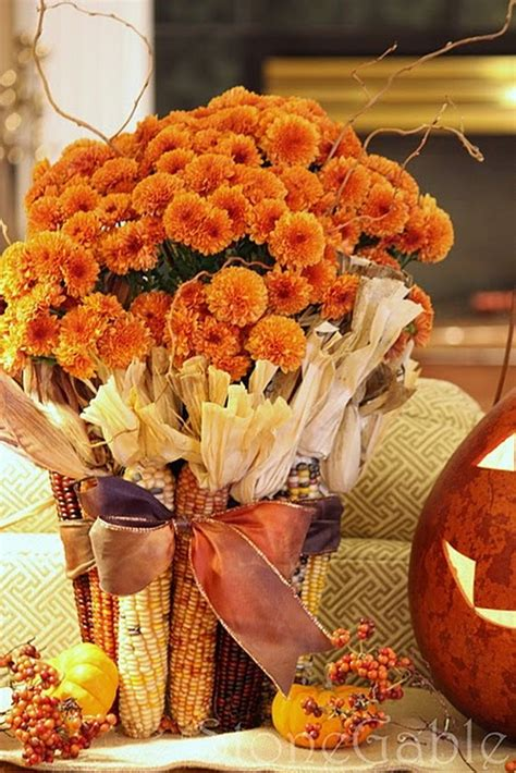 cool fall decorating ideas 55 cool fall flower centerpiece and flower table d 233 cor