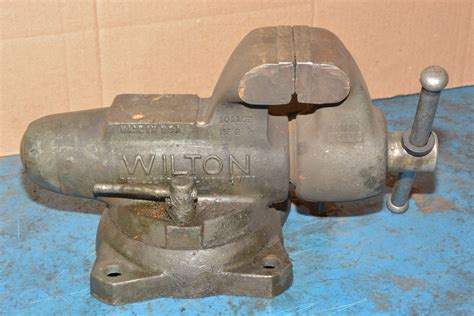 bench vise made in usa wilton 4 quot swivel bullet machinist bench vise opens to 7