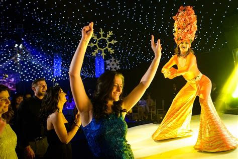 8 corporate christmas party entertainment ideas jd parties