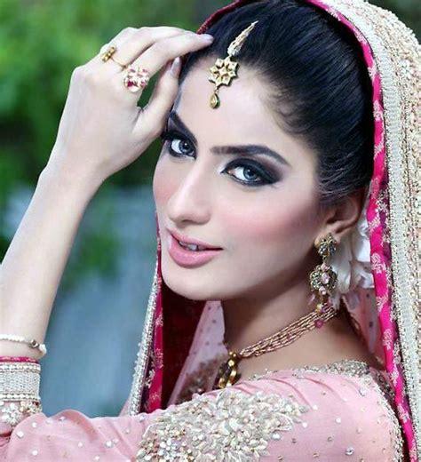 latest pakistani celebrities gossip news 10 best pakistani showbiz news images on pinterest