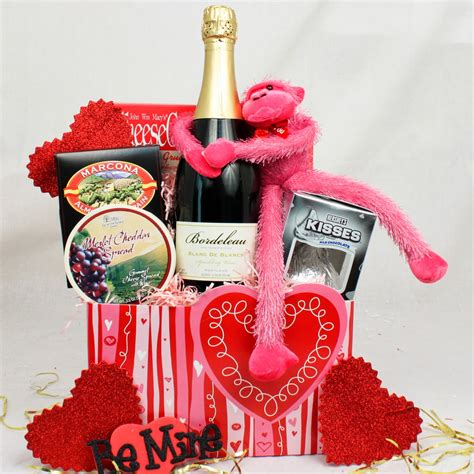 valentines gift baskets him s day gift baskets fashionate trends