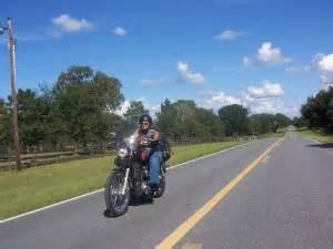 Motorradfahren Bei 35 Grad by Cactus Stories