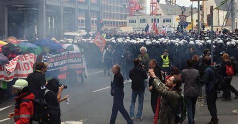 consolati tedeschi in italia 1j blockupy in corteo a francoforte dinamopress