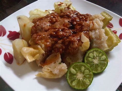 Somay Bandung culinary that we can found on the of jakarta helen dianawati