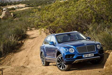 blue bentley 2016 first bentley bentayga deliveries kick off in crewe