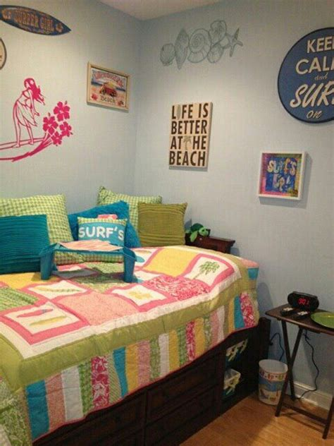 surfer girl bedroom 25 best ideas about surfer girl rooms on pinterest