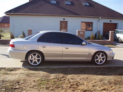 opel omega 3 2 v6 photos and comments www picautos