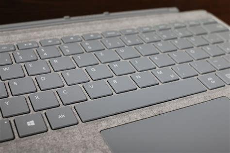 review des neuen surface signature type cover