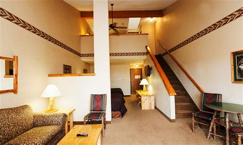 great wolf lodge wisconsin dells rooms great wolf lodge wisconsin dells compare deals