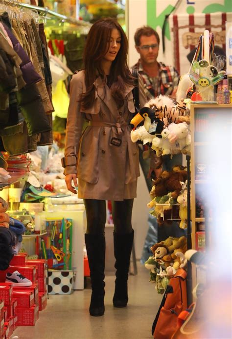 Shopping On Robertson by Kate Beckinsale Photos Photos Kate Beckinsale Out