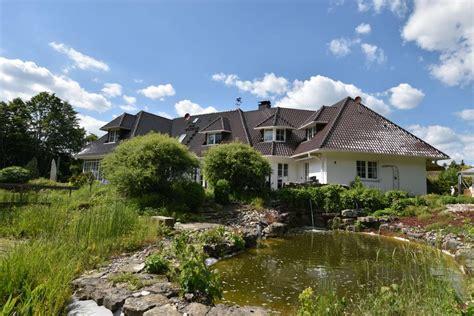 Gesuche Haus Kaufen by Repr 228 Sentatives Anwesen Mit Park 228 Hnlichem Grundst 252 Ck