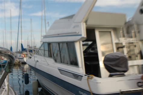 bayliner boats repair bayliner command bridge 29 clean one engine needs