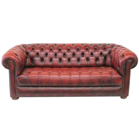 red leather tufted sofa tufted red leather chesterfield sofa at 1stdibs