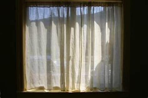 accrocher des rideaux avec fil a linge condexatedenbay