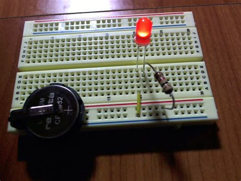 simple circuit board led how can create a simple circuit that will drain a
