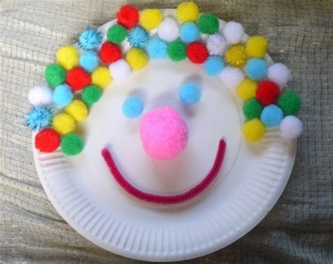 Paper Plate Clown Craft - crafts for thriftyfun