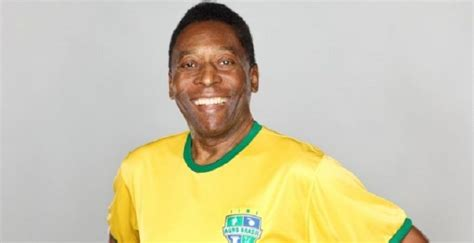 biography pele pele biography childhood life achievements timeline