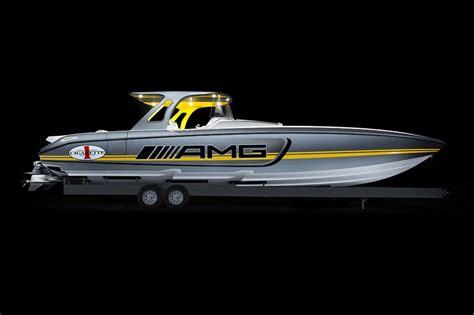 speedboot amg mercedes amg cigarette racing partnership conquers