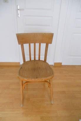 relooker chaise en bois diy d 233 co pour relooker une chaise en bois l agenda de la