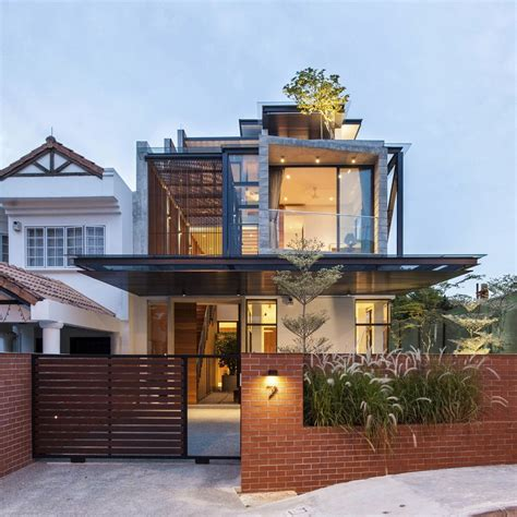 clever semi detached house  elongated volumes