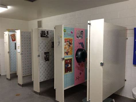 girls bathroom stall best 25 bathroom stall ideas on pinterest