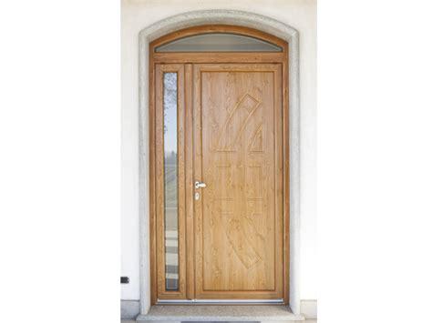 portoni d ingresso in legno portoni dingresso