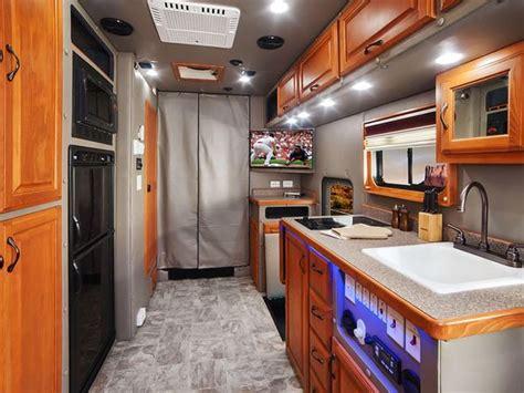 Custom Semi Truck Sleeper Interior by 17 Best Images About Big Interior Truck Sleeper On