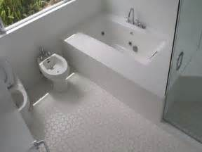 ceramic tile flooring ideas bathroom http www digsdigs