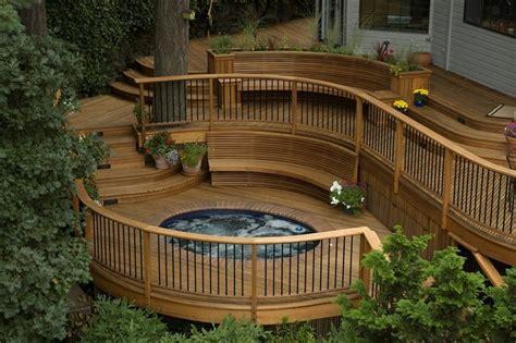 How To Build A House Frame decks com building a round or curved deck