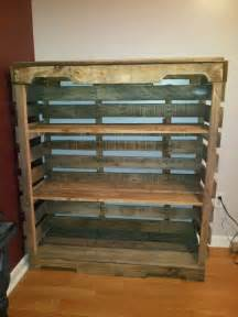 shelves made from pallets diy pallet pallet shelves and pallets on