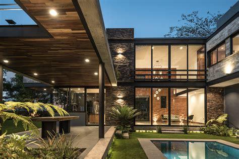 House Plan With Basement Galer 237 A De Casa Kalyvas Di Frenna Arquitectos 1