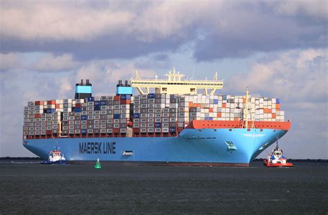ship company denmark shipping company maersk using 3d printing to
