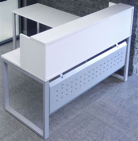 Small White Reception Desk Trendspaces White L Shaped Reception Desk