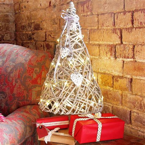 34 modern christmas tree decoration ideas